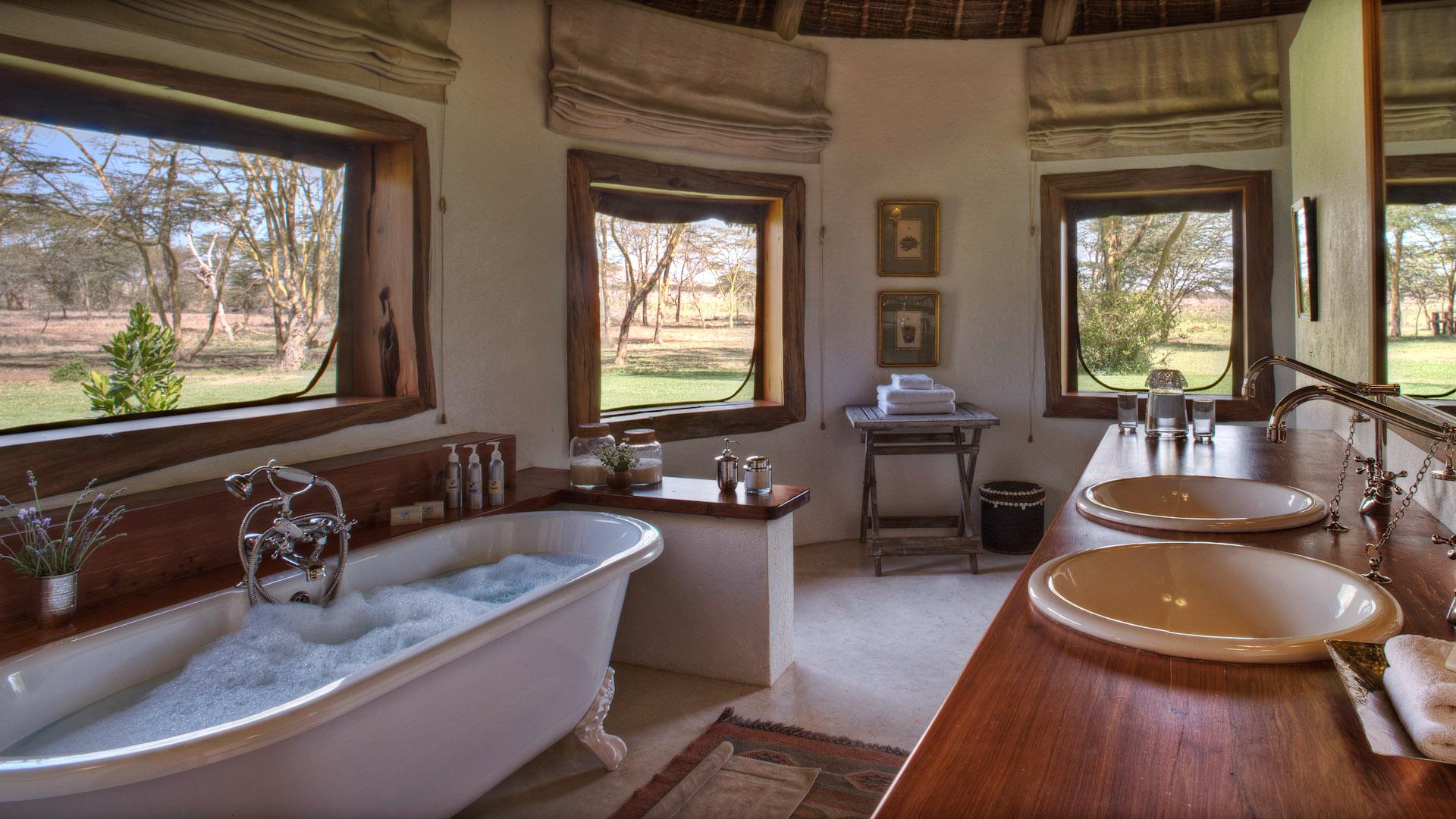 sirikoi-lodge-house-bathroom
