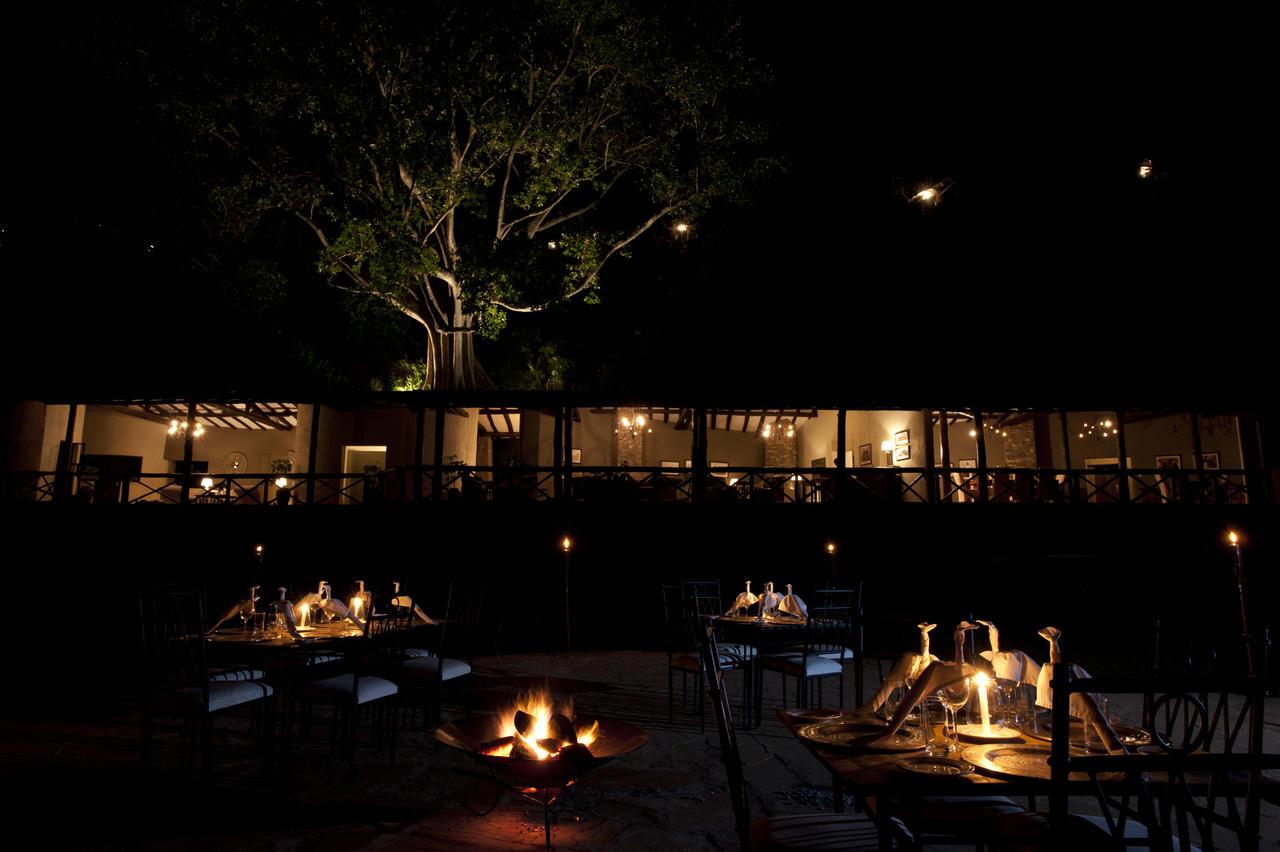 emakoko_outdoor_dining