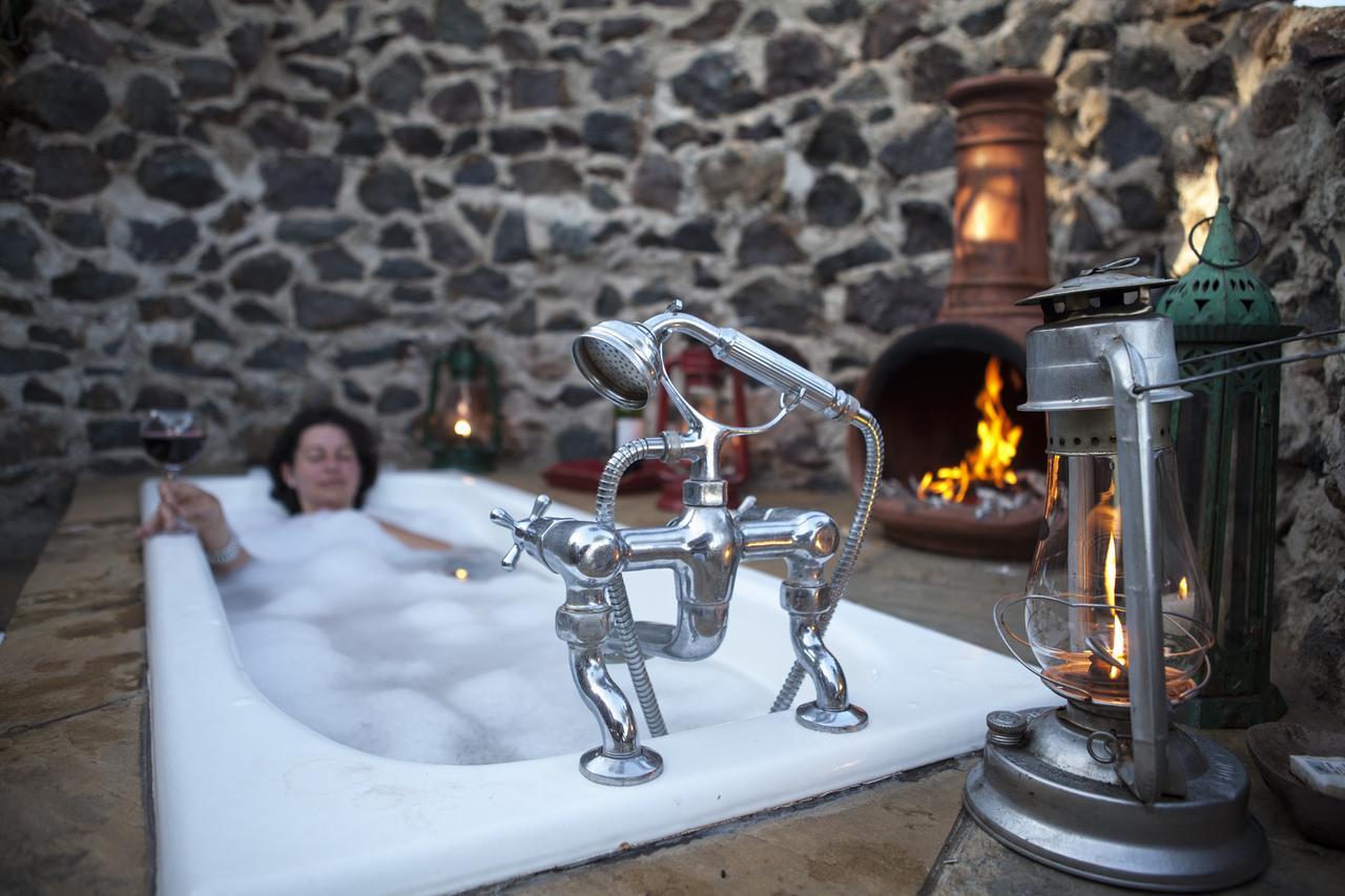 lewa_house_outdoor_bath