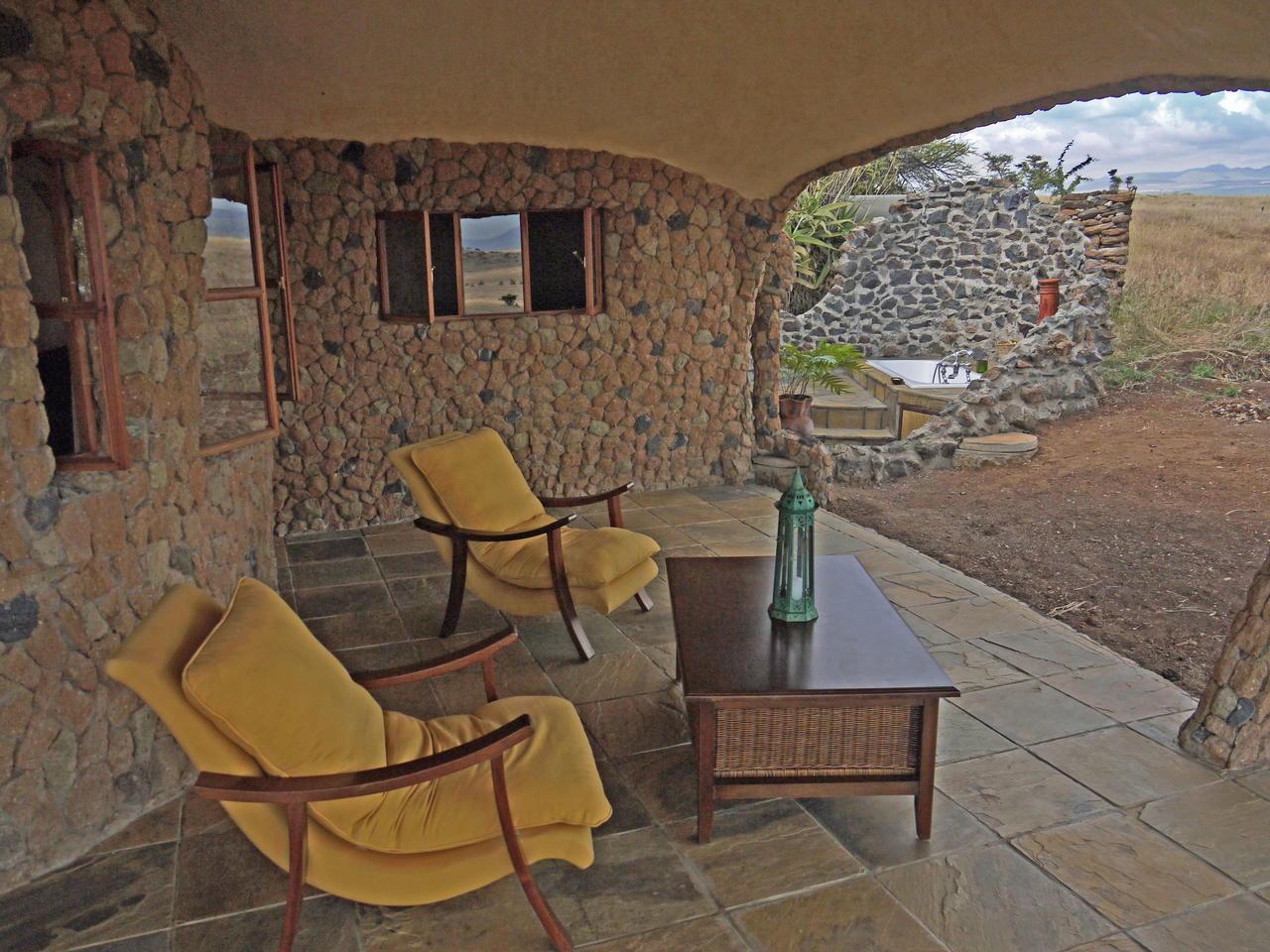 lewa_house_terrace