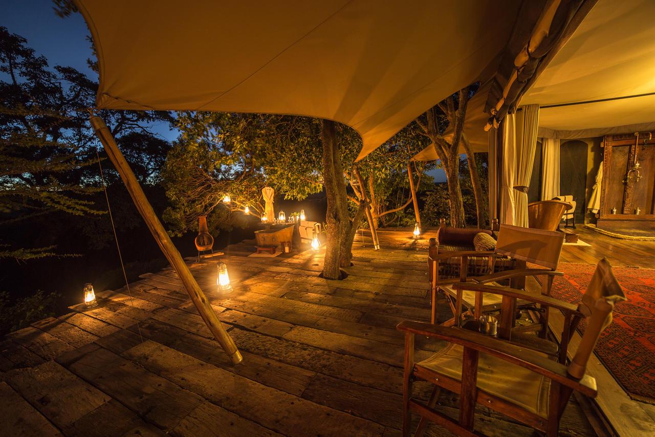mara_plains_camp_tent_interior_night