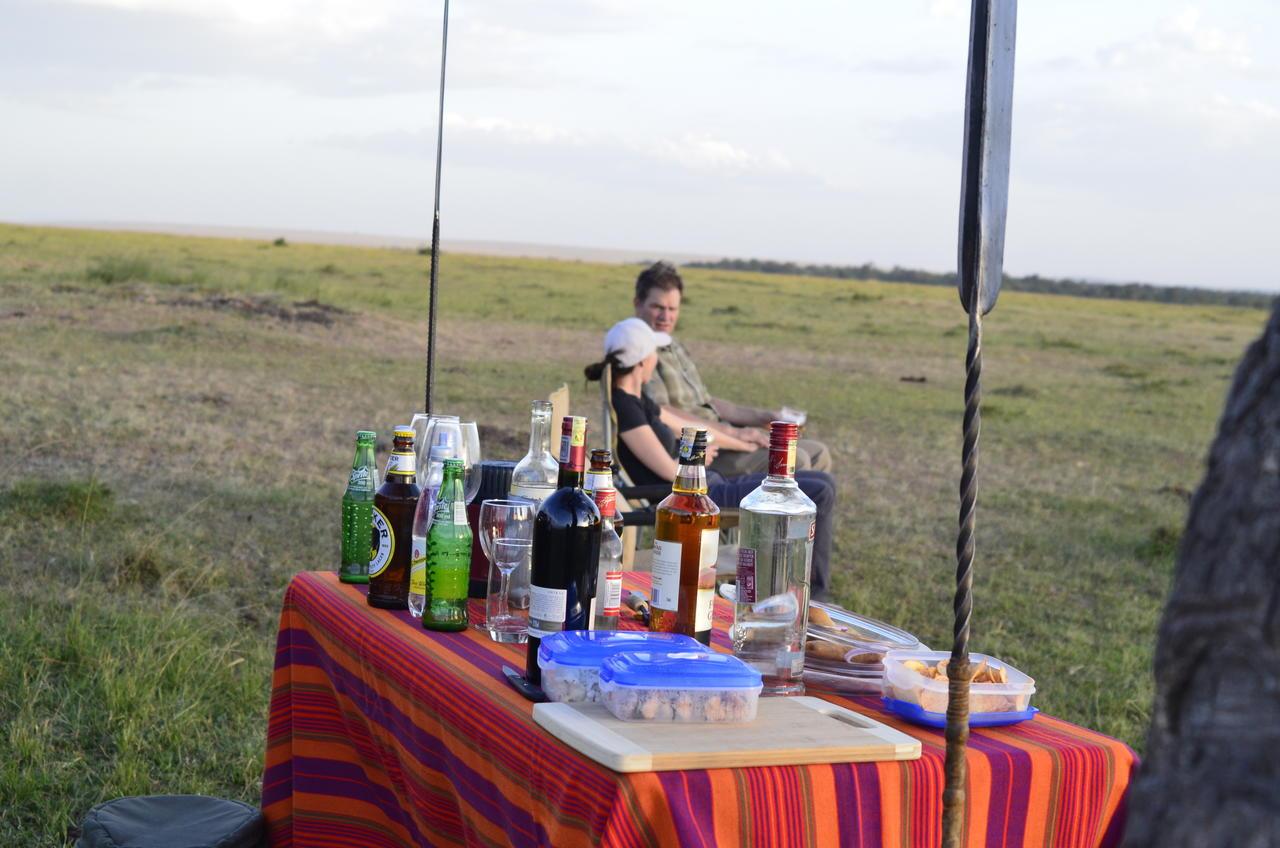 tegulia_camp_bush_lunch