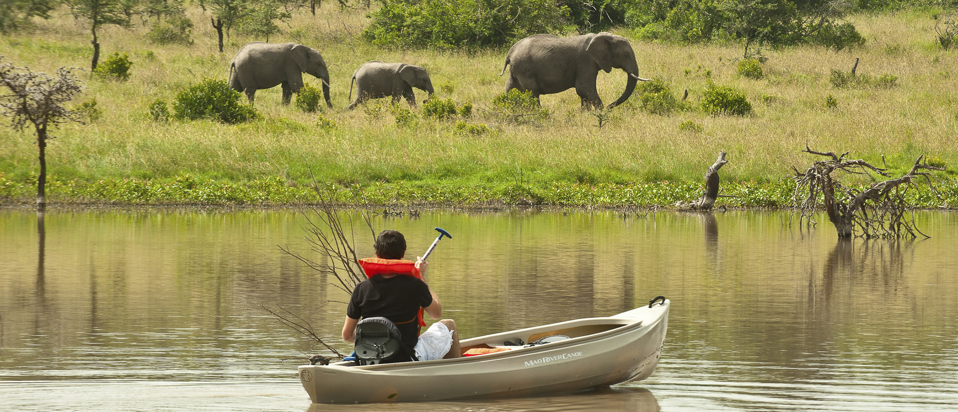 kicheche-ol-pejeta-laikipia-boating